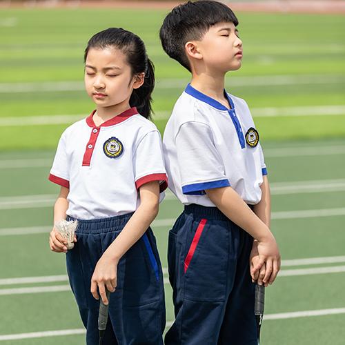 暑期开学,校服定制要注意哪些方面?